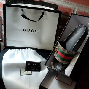 Gucci Shoe Bag & Gift Bag - $25